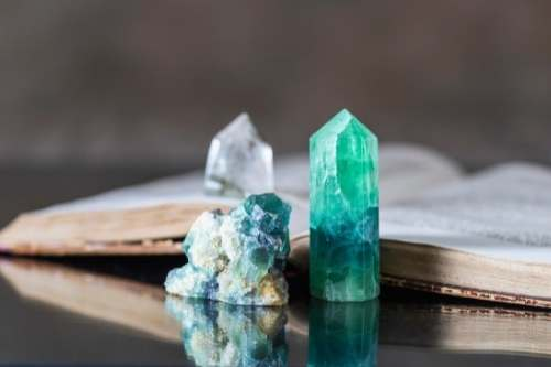 reiki for beginners energy healing crystals
